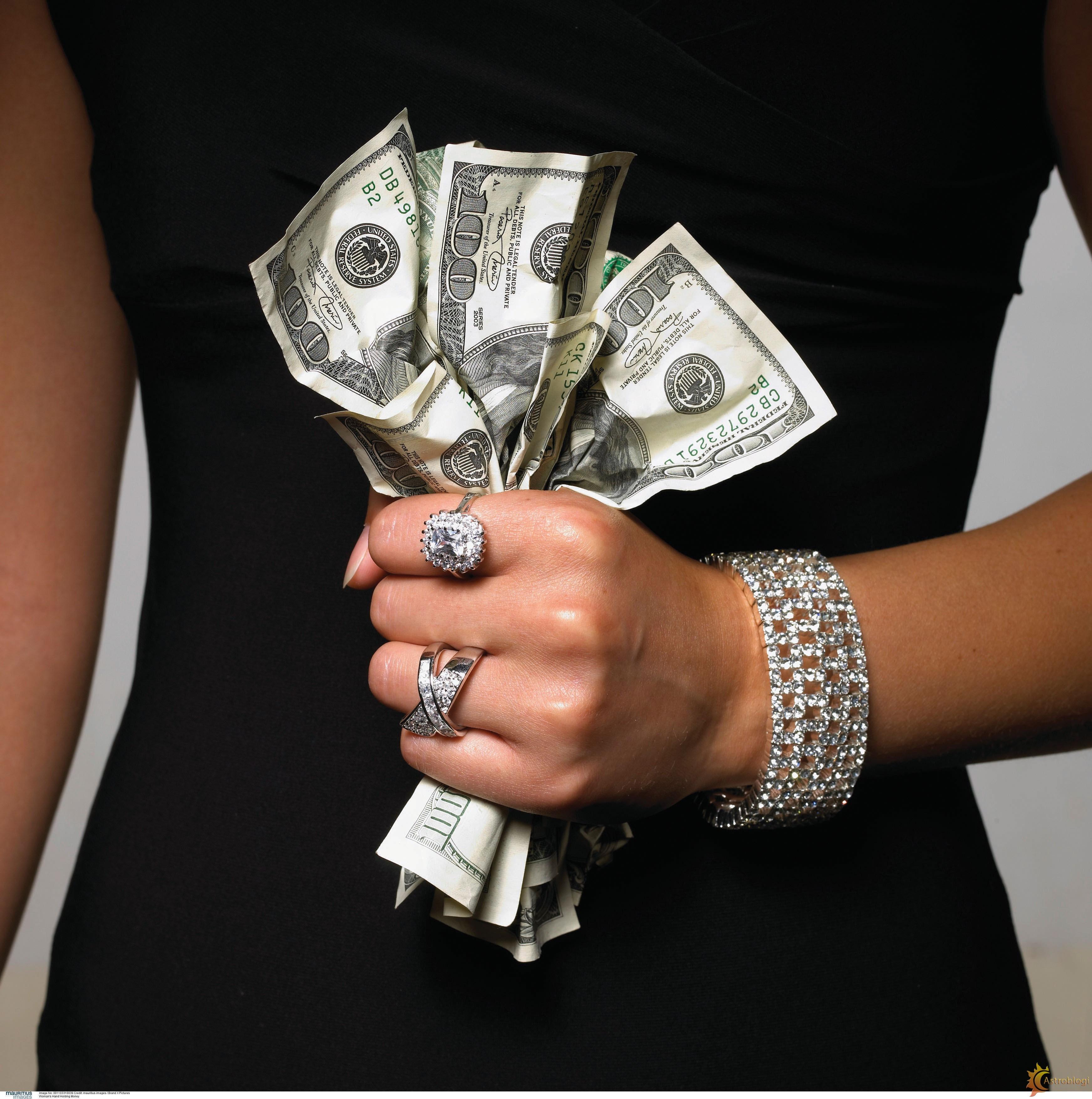 Разводят женщин за деньги 6 фотография