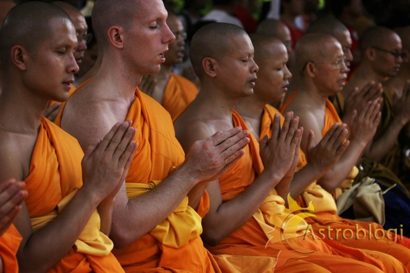 buddhist-monks_0