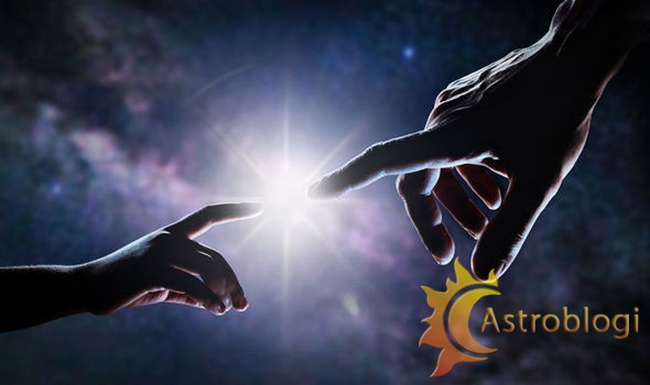 hand-of-god-725052